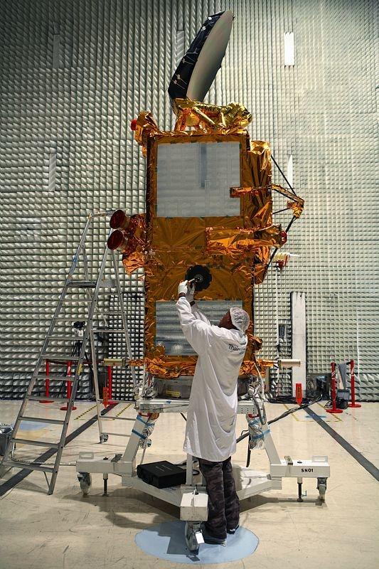 Le satellite franco-américain Jason 2 - Crédits Thales Alenia Space/OBRENOVITCH Yoann, 2007